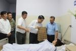 Ông Nguyễn Đức Chung thăm nữ công nhân môi trường bị hai vợ chồng đánh ngất xỉu vì nhắc nhở vứt rác
