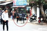 Hà Nội ra quân dẹp cướp vỉa hè: Sợ bị phạt, dân ôm đồ bỏ chạy