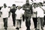 Chủ tịch Fidel Castro và nhân dân Cuba thức trắng đêm chúc mừng chiến thắng của nhân dân Việt Nam