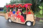 Màn rước dâu bằng xe tre 'đốn tim' dân mạng ở Hội An
