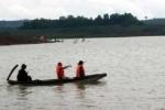 Lật thuyền cà phê trên hồ thuỷ điện Đắk N'Teng, 3 người mất tích
