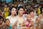 Hoa hậu Mỹ Linh, á hậu Thanh Tú, người đẹp Ngọc Vân vui trung thu cùng bệnh nhân nhí