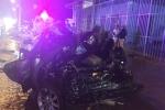 Xe tải tông xe hơi công vụ đang dừng, 4 công an thương vong