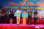 """Hinh anh Nghe sy Quang Teo """"doi mua"""" dien kich tai 'Hat cung chien sy canh sat' 33"""