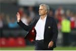 Bình thản sau thất bại, Mourinho đã buông Europa League?