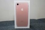 Về Việt Nam, iPhone 7 tại Việt Nam bị đẩy giá lên hàng chục triệu