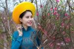Thiếu nữ Hà thành khoe sắc thắm bên đào Xuân trong bộ ảnh đón Tết
