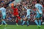 Nhọc nhằn vượt Burnley, Liverpool vững chân trong top 4