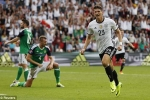 Thắng dễ Bắc Ailen, Đức đứng đầu bảng C