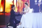 Tú Vi được Văn Anh quỳ gối cầu hôn, trao nhẫn và trao nụ hôn nồng nàn như lễ đính hôn.