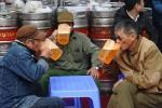 Cơn sốt bia thủ công Việt Nam lên báo Mỹ