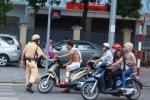 CSGT truy quét thanh niên xăm trổ, ngổ ngáo vi phạm giao thông