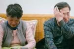 Bi hài: Cụ ông nằng nặc đòi vợ đưa đi chuyển đổi giới tính sau 50 năm kết hôn
