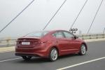 Bán chạy, Hyundai SantaFe, Tucson và Elantra vẫn tặng khách 30 triệu đồng