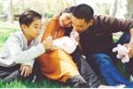 Kim Hiền rạng ngời hạnh phúc sau một tháng sinh con