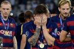 Thế giới bóng đá choáng váng với Messi