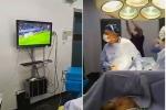 Video: Ê kíp bác sĩ vừa phẫu thuật vừa xem bóng đá gây bức xúc