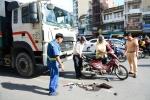 Xe rác kéo lê xe máy, 3 người nhập viện cấp cứu