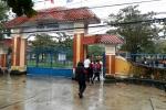 Bất chấp mưa lũ, trường cấp 2 bắt học sinh đến trường kiểm tra học kỳ