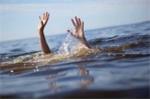 Chèo thuyền đi tắm hồ, 2 học sinh chết đuối thương tâm