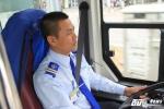Tài xế xe buýt nhanh bị 'quái xế' chạy lấn làn dọa đánh
