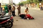 Truy bắt ô tô chở thuốc lá lậu vượt đèn đỏ gây tai nạn rồi bỏ chạy