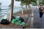 Rác ngập ngụa ven hồ lớn nhất Thủ đô