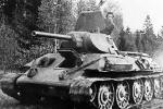 Góa phụ 38 tuổi lái xe tăng ra chiến trường trả thù cho chồng trong Thế chiến II
