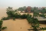 Ảnh: Sau lũ lịch sử, Quảng Bình lại mênh mông nước, Hà Tĩnh nhiều nơi bị cô lập