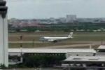 Clip: Air Force One cất cánh đưa Tổng thống Obama sang Nhật Bản