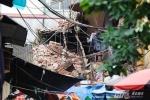 Sập nhà cổ ở Hà Nội: Ai phải chịu trách nhiệm?