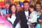 Lưu Đức Hoa lộ ảnh hiếm hoi bên vợ con