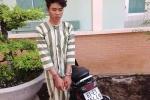 Bạn gái chê nghèo, nam thanh niên vác dao đi cướp tiệm vàng