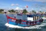 Hỗ trợ ngư dân đóng tàu vỏ thép vươn khơi, bám biển