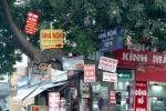 Những kiểu treo biển quảng cáo 'quái dị' trên phố Thủ đô