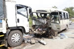 Xe khách và xe tải tông nhau kinh hoàng: 3 người chết, 23 người nhập viện cấp cứu