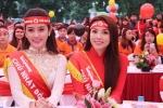 Hoa hậu Kỳ Duyên, Á hậu Huyền My đẹp rạng ngời trong ngày hội hiến máu