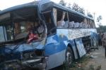 3 xe khách tông nhau, 9 người thương vong