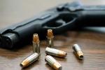 Cầm súng chụp ảnh tự sướng, tân sinh viên tử vong