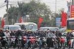 Bật đèn xe ban ngày: Có hợp lý ở Việt Nam?
