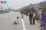 CSGT truy đuổi 10km chiếc xe kéo lê người đi đường rồi bỏ chạy