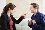 Mâu thuẫn vợ chồng do công việc không ổn định