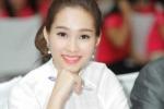 Hoa hậu Đặng Thu Thảo dạy nữ sinh sở hữu nụ cười rạng rỡ
