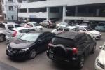 Chỗ đỗ ô tô giá 1 tỷ: Nhà giàu 'khóc thét'