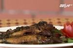 Video: Cách làm cá đục kho rau răm tốn cơm ngày hè
