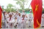 Học sinh tiểu học hát vang Quốc ca trong lễ bế giảng