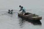 Clip: Trộm xe nhảy xuống sông Tô Lịch trốn công an