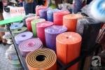 Video: Cảnh báo thảm tập yoga Trung Quốc chứa chất độc