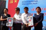 Quảng Ngãi: Tặng tủ thuốc cho ngư dân bám biển