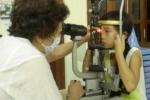 Bác sỹ tư vấn tránh lây đau mắt đỏ